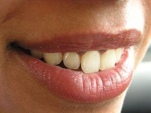 Sen, w którym kruszy mi się ząb